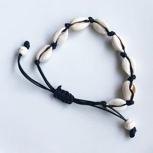 NEW Natural Pooka Shell Bracelet (black rope)